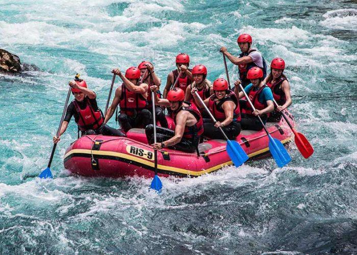Reka Tara Rafting